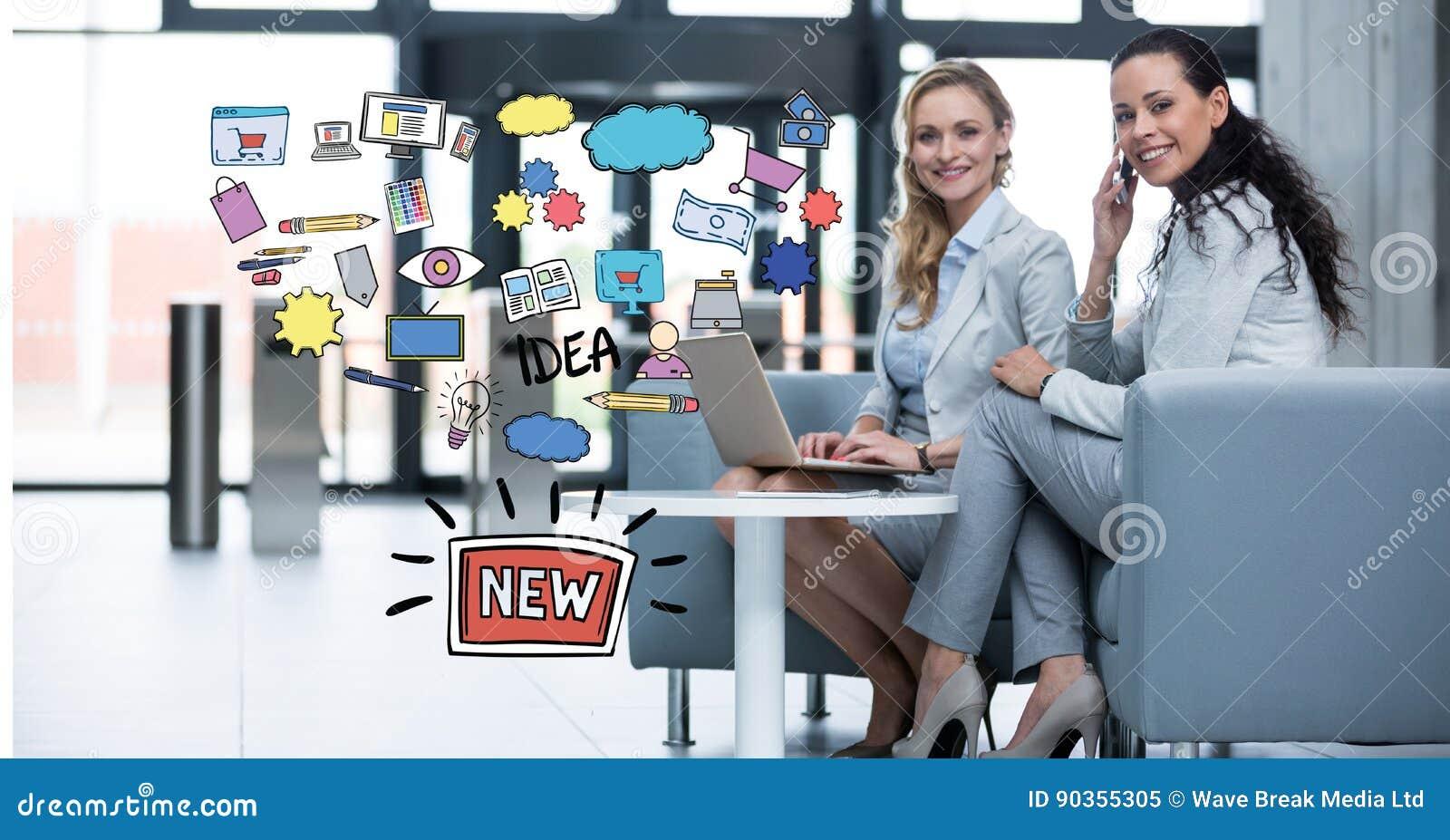 Zusammengesetztes Bild Digital von Geschäftsfrauen mit den Technologien, die durch neue Ideenikonen sitzen