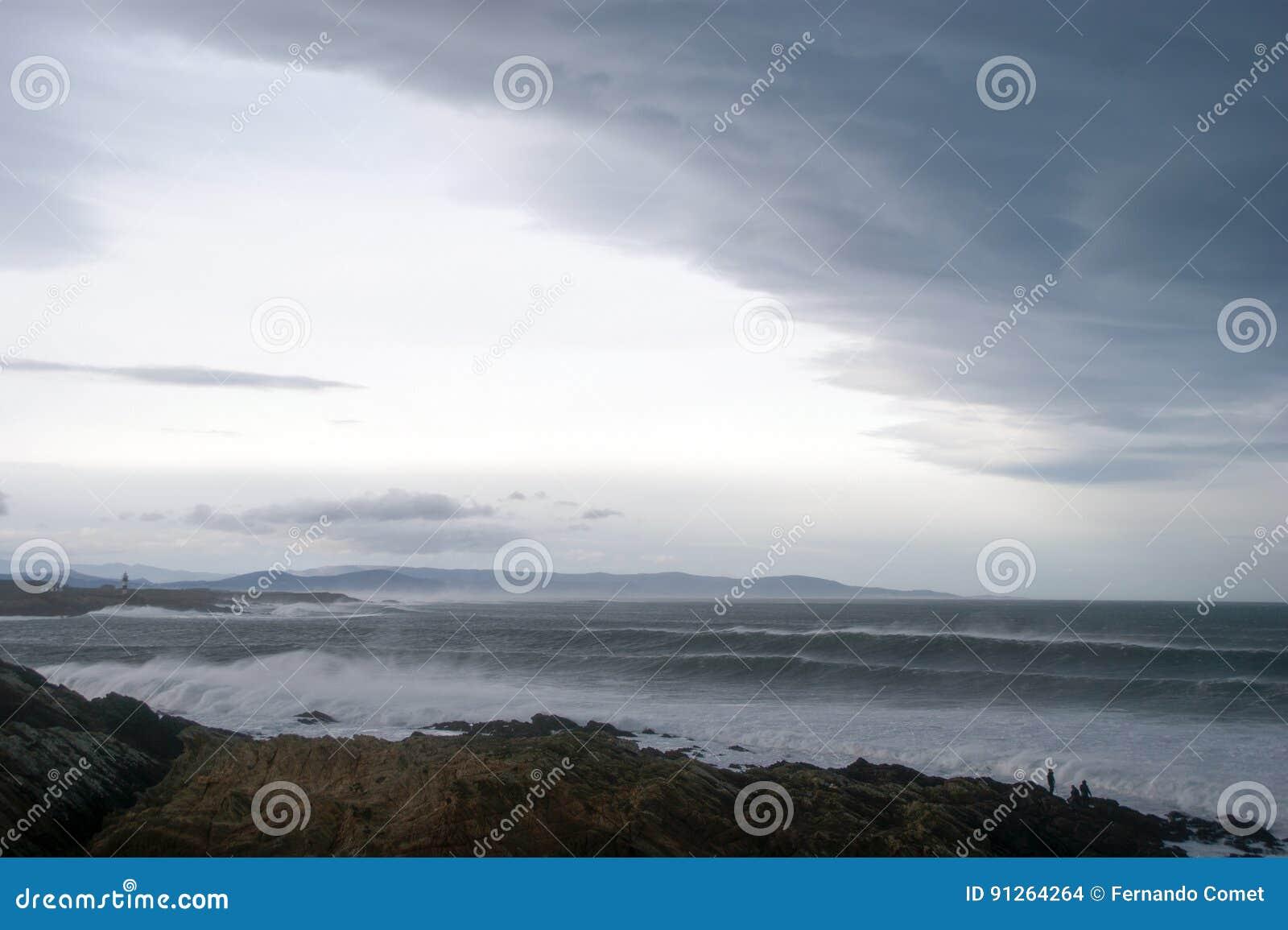 Zwaar windonweer in Galicië en Asturias