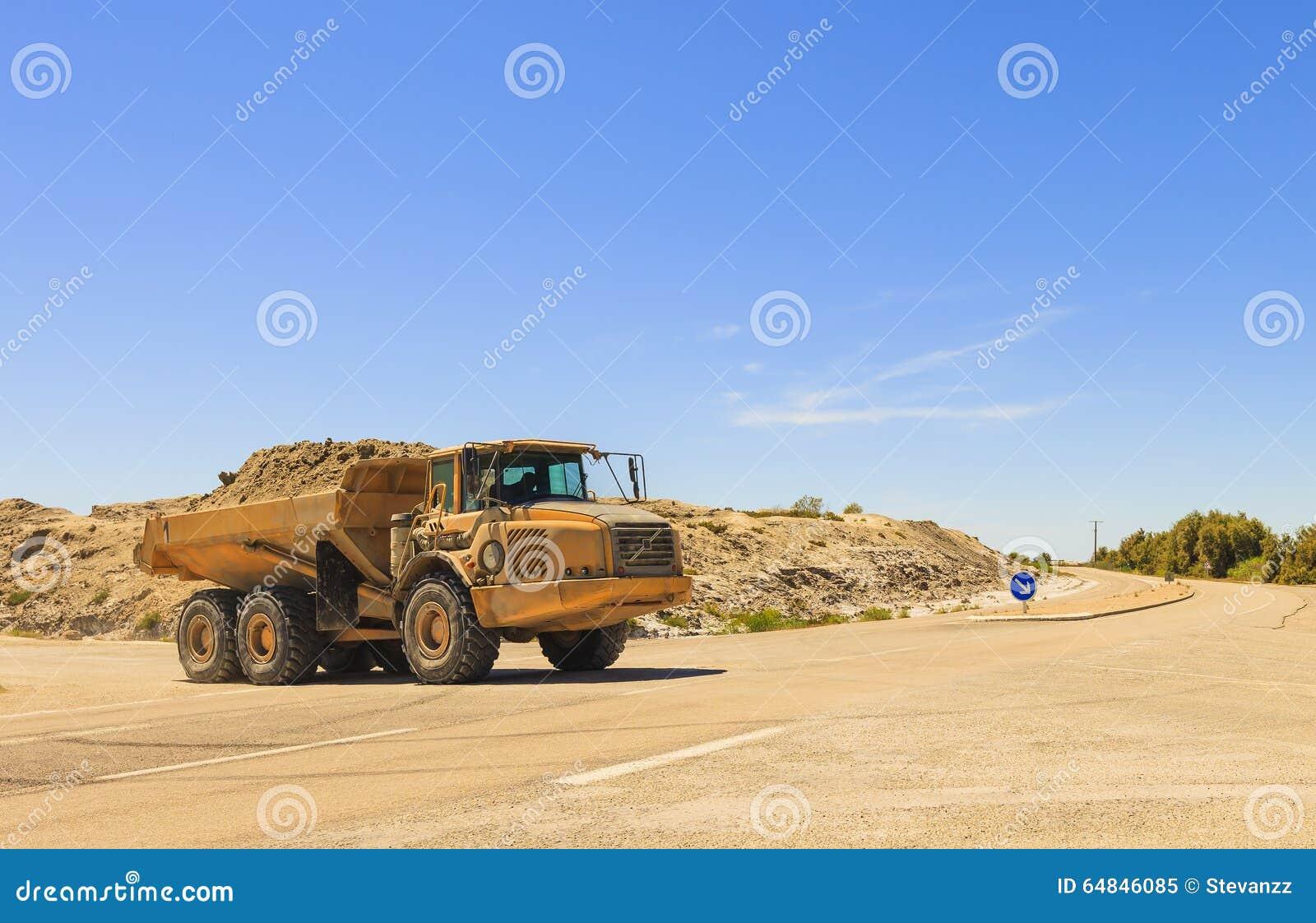 Zware stortplaatsvrachtwagen of kipwagen