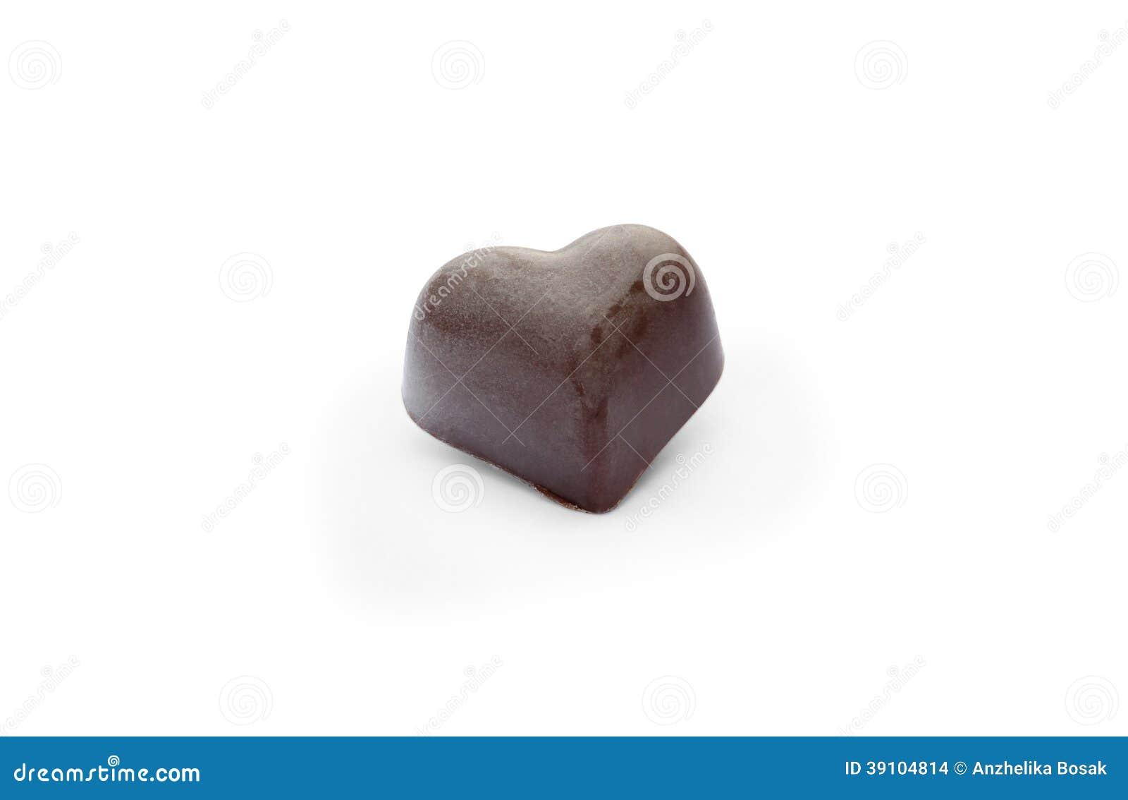 Zwart chocoladesuikergoed in de vorm van hart