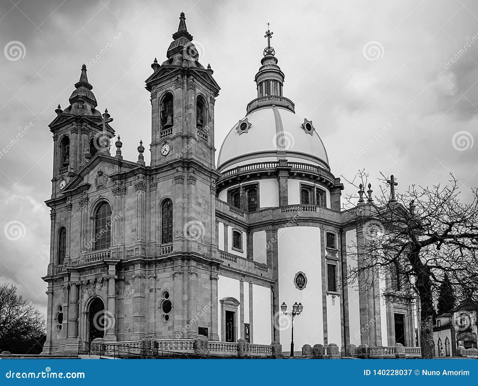 Zwart-wit foto van de kerk van de Onze Dame van Sameiro, in Braga