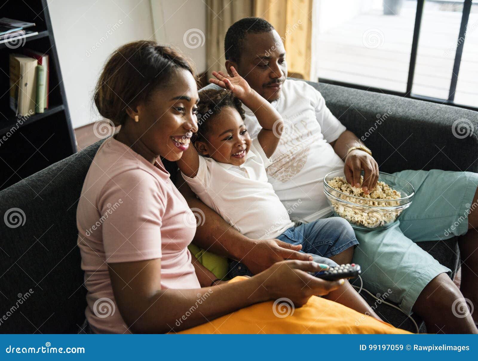 zwarte meisjes eten zwart poesje