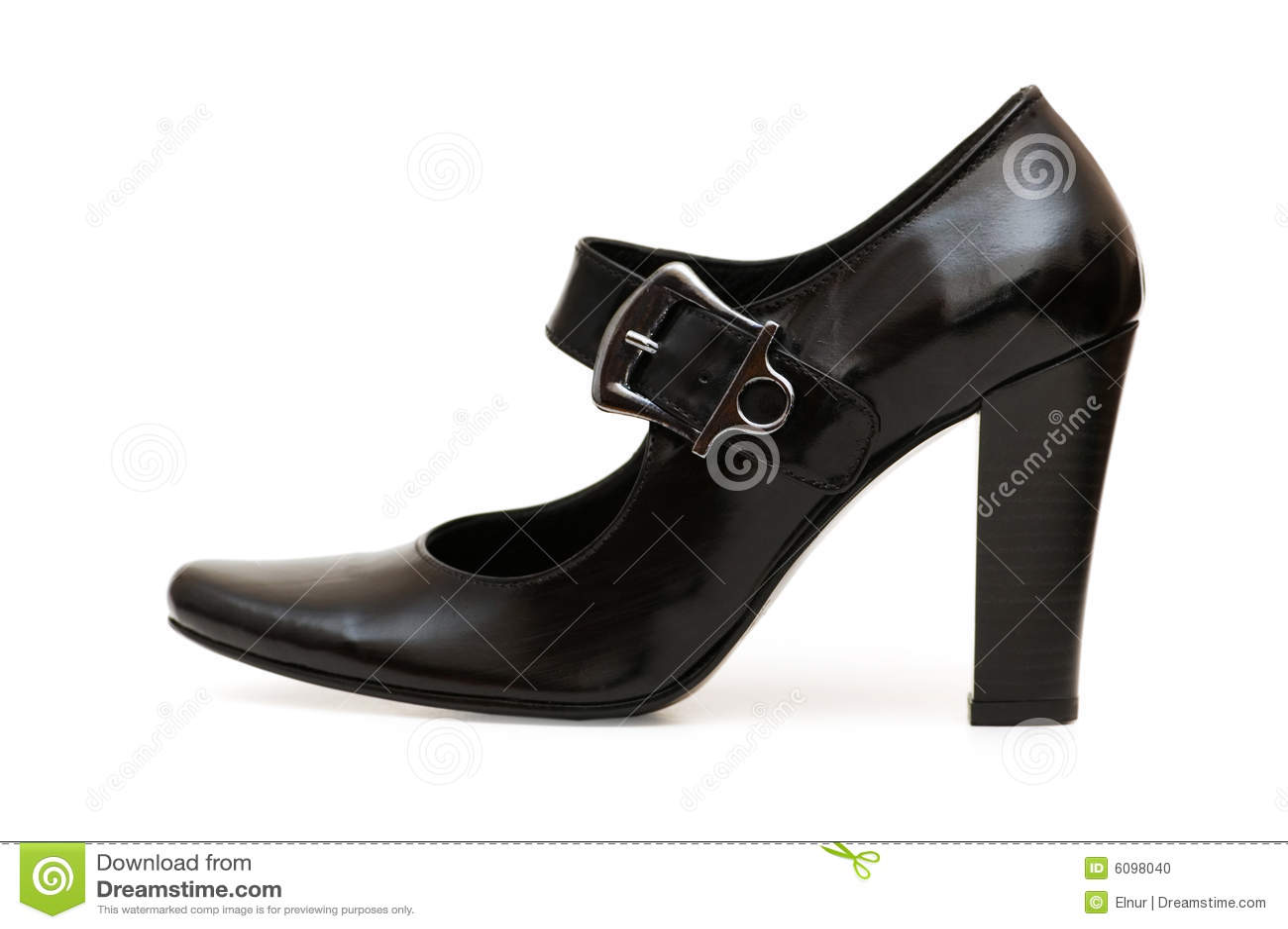 Zwarte geïsoleerdeg schoenen