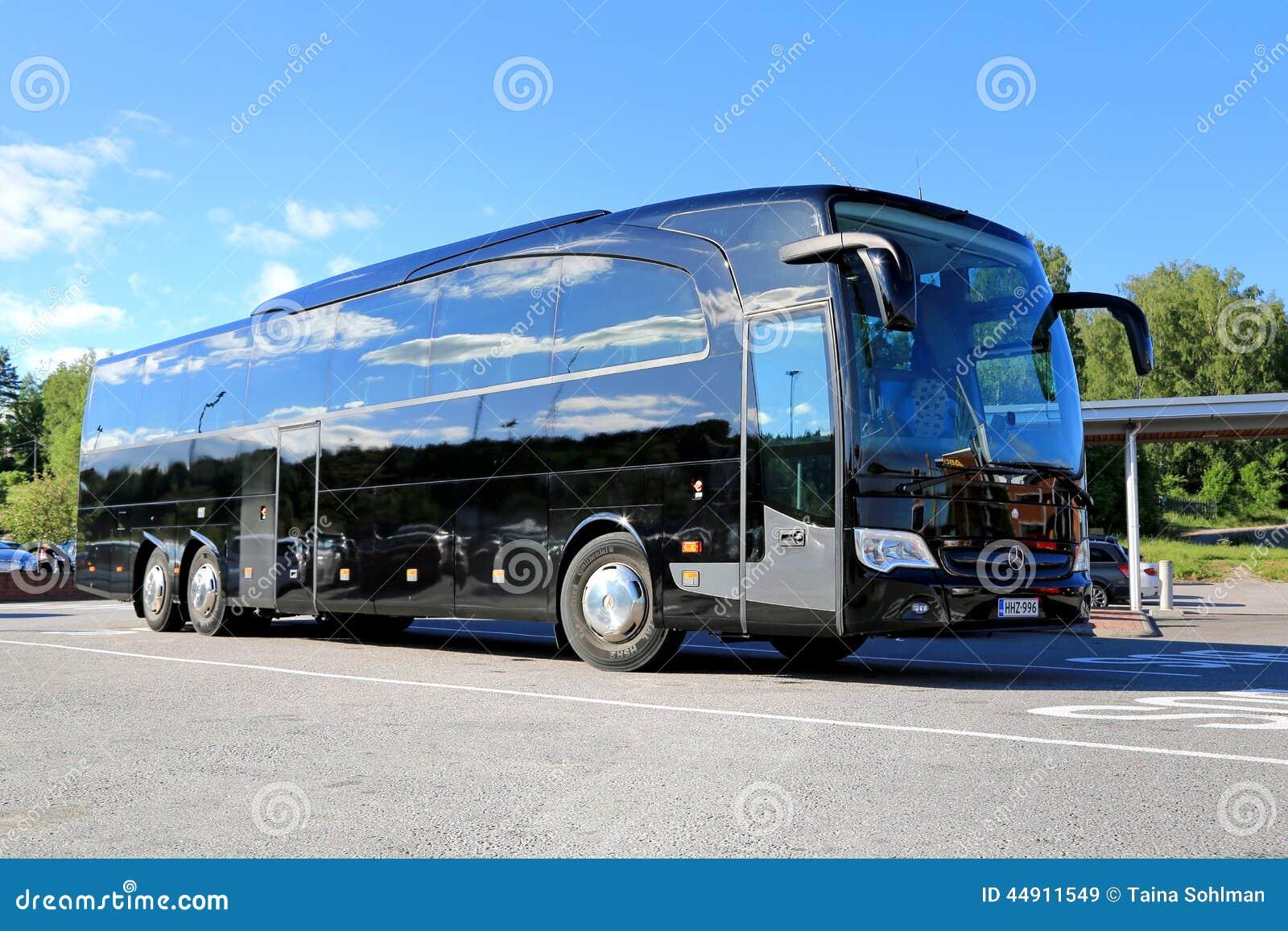 Mercedes Travego 2018 >> Zwarte Mercedes-Benz Travego Coach Bus Redactionele Stock Afbeelding - Afbeelding bestaande uit ...