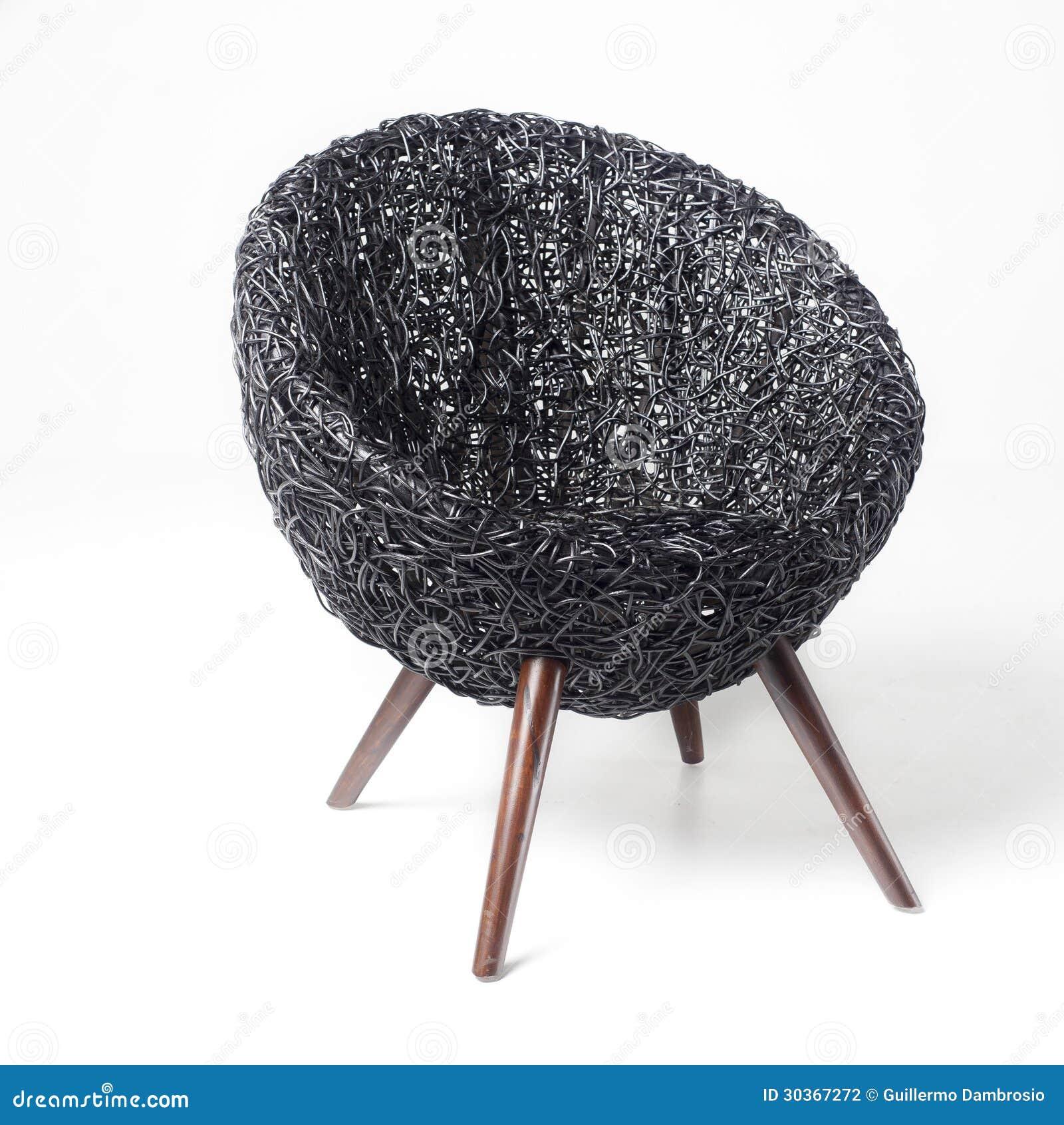 Zwarte retro rieten stoel stock foto afbeelding bestaande uit exotisch 30367272 - Exotisch onder wastafel houten meubilair ...