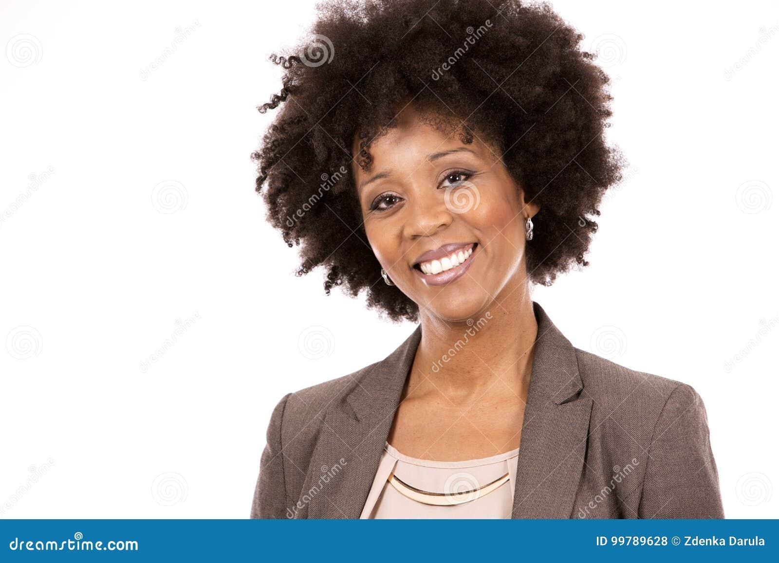 Zwarte toevallige vrouw op witte achtergrond