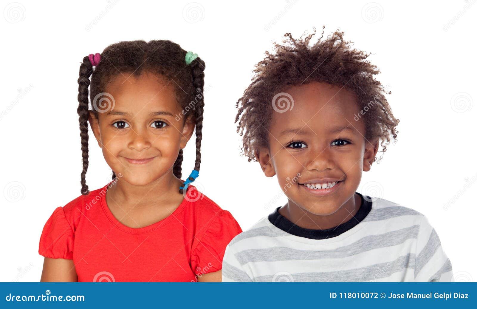 Zwei entzückende afrikanische Kinder