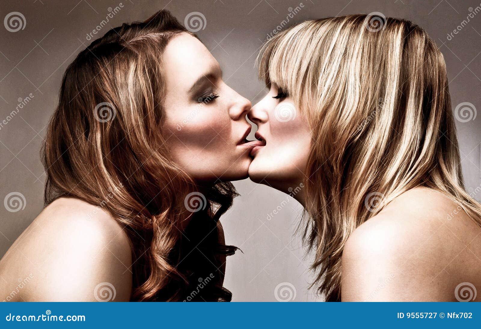Juego de lesbianas 9 - 1 part 1