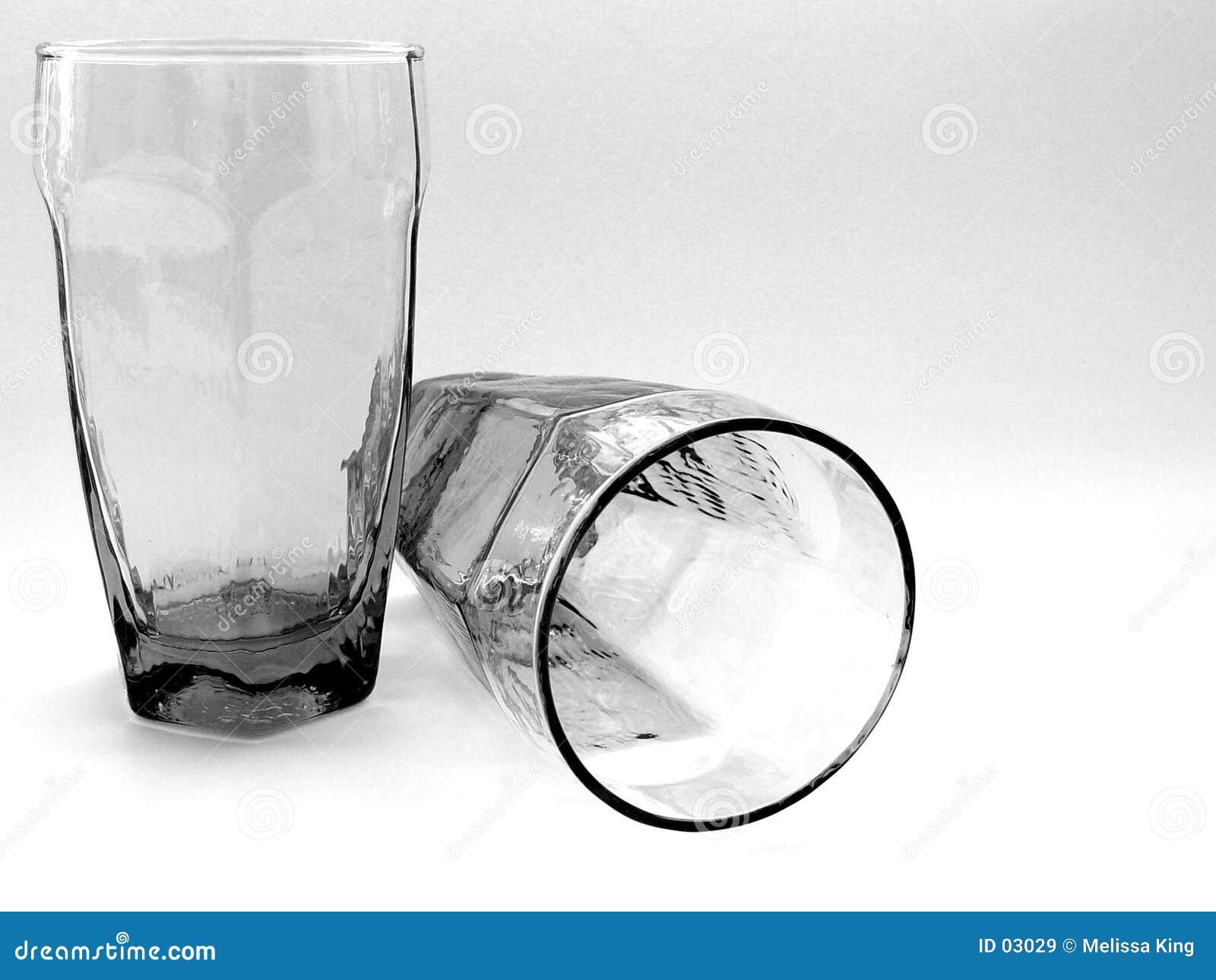 Zwei Gläser zusammen