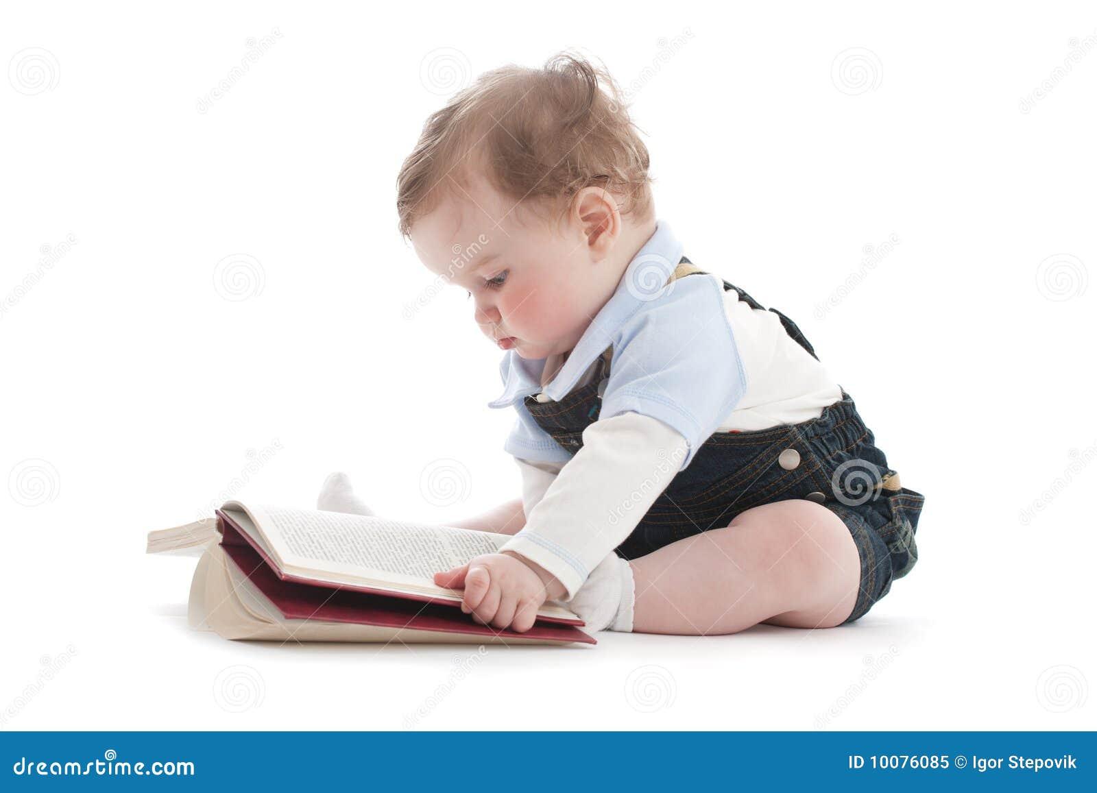 zwei jahre alte nette junge die ein buch lesen lizenzfreies stockfoto bild 10076085. Black Bedroom Furniture Sets. Home Design Ideas