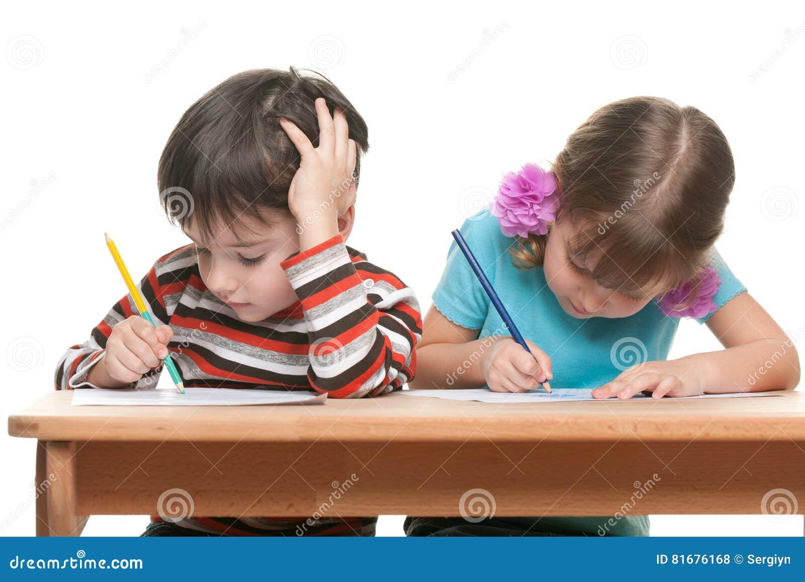 Schreibtisch fur zwei kinder for Schreibtisch fur kinder