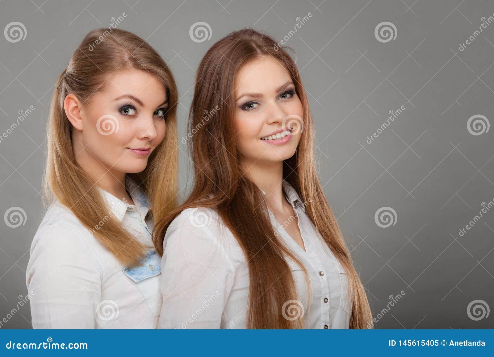 Blondinen Brünette Zwei Eine Brünettewitze