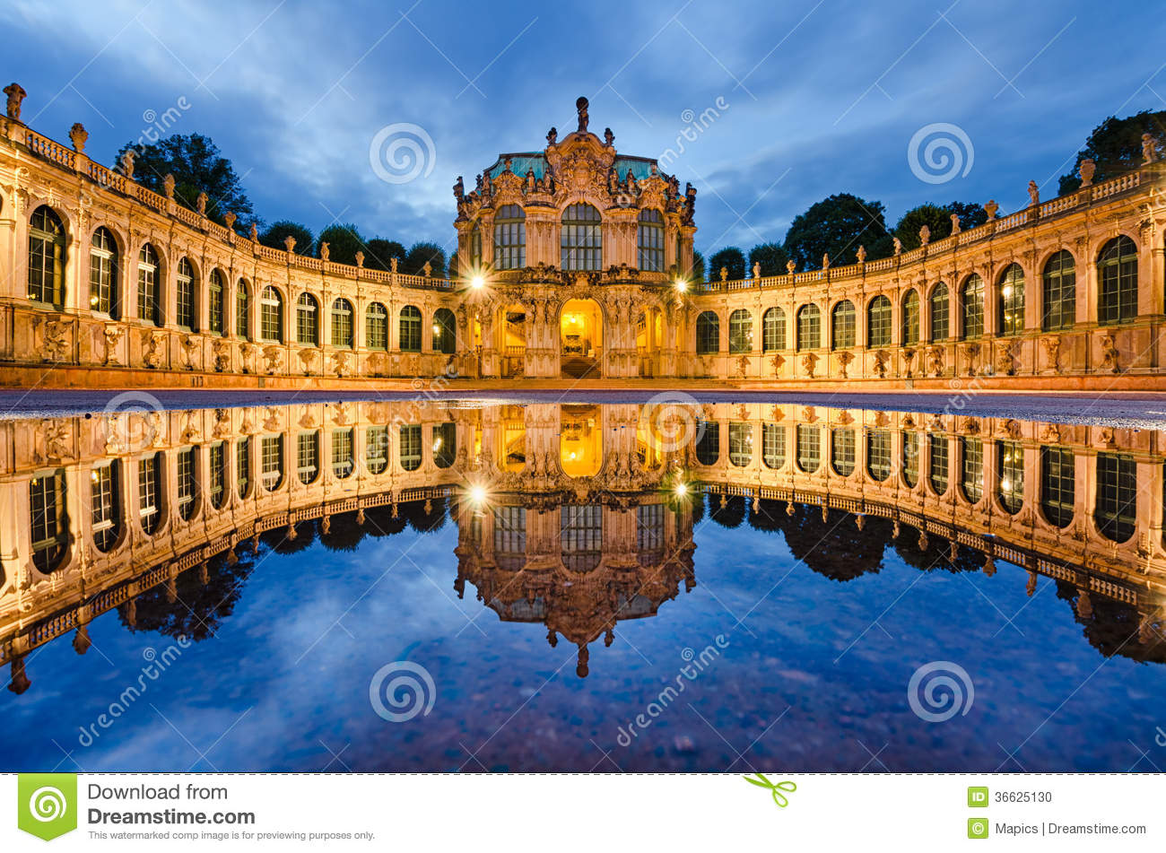 Zwinger a Dresda, Germania