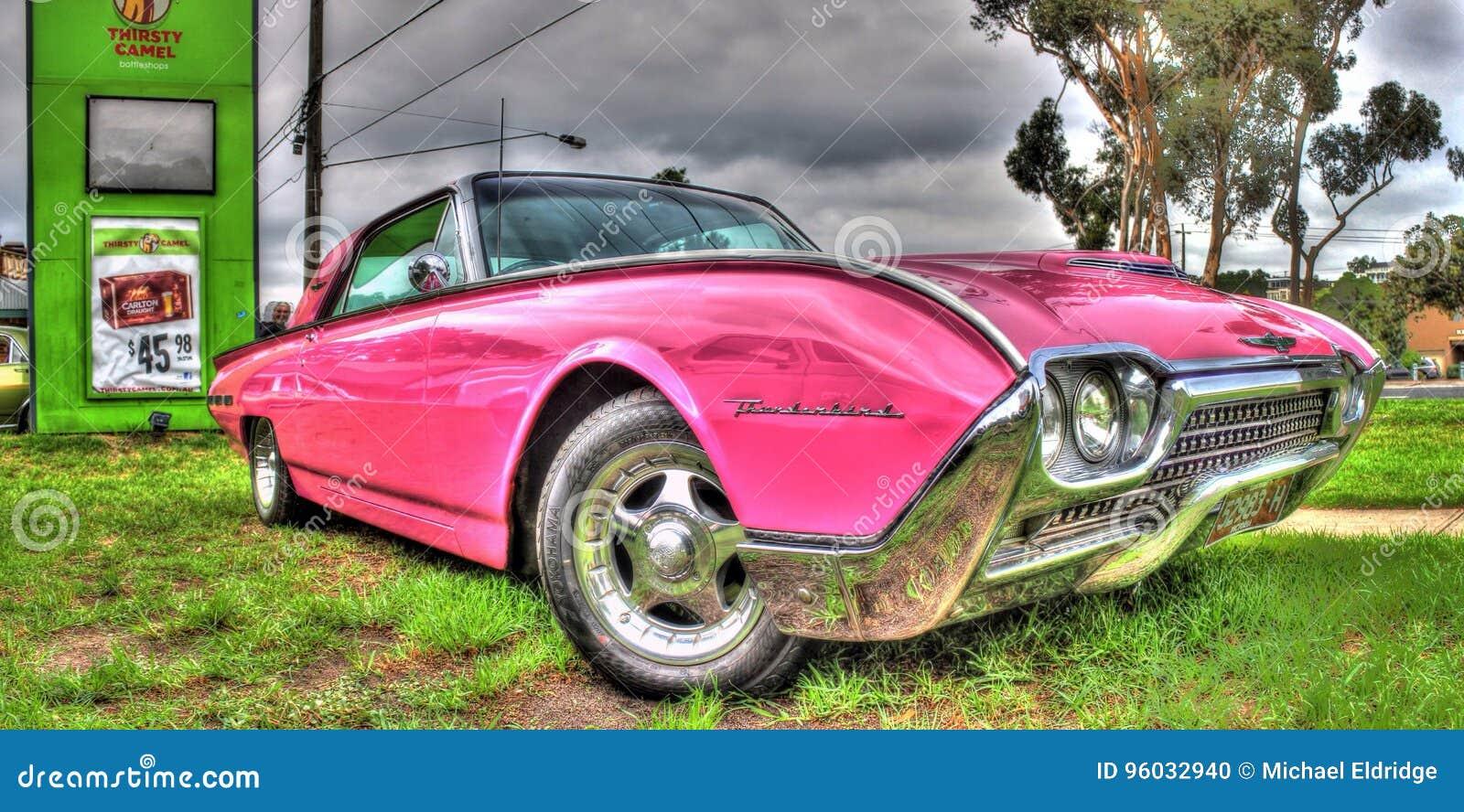 Zwyczaj malujący amerykanin Ford Thunderbird
